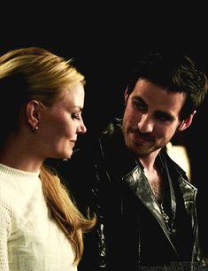 Once Upon a Time | Emma and Killian (gif)