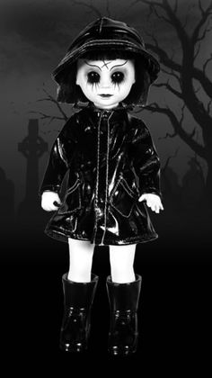 Living Dead Dolls Eerie Mint In Box Rare Cool In Summer And Warm In Winter Dolls Aspiring Mezco Living Dead Dolls Ms
