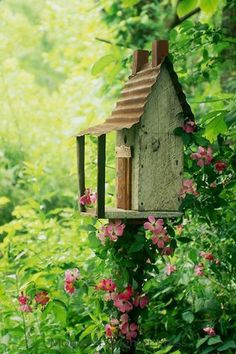 Garden Birdhouse - I want to add several different houses for the birds