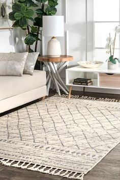Rugs USA Ivory Opell Moroccan Lattice Tassel rug - Contemporary Rectangle x Boho Living Room, Interior Design Living Room, Interior Livingroom, Rugs Usa, Contemporary Rugs, Bohemian Decor, Boho Chic, Area Rugs, House Styles