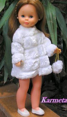 Nostalgia por Nancy de Famosa: ARMARIO: Abrigos y Gabardina Pram Toys, Doll Clothes, Nostalgia, Flower Girl Dresses, Dolls, Wedding Dresses, Inspiration, Facebook, Vintage
