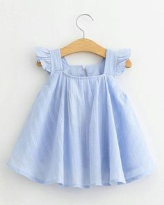Flutter Sleeve girl flutter top spring girl outfit summer - June 29 2019 at Girls Summer Outfits, Toddler Girl Dresses, Little Girl Dresses, Toddler Outfits, Kids Outfits, Girls Dresses, Outfit Summer, Dress Summer, Toddler Girls