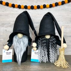 Halloween Witch Gnomes - Real Time - Diet, Exercise, Fitness, Finance You for Healthy articles ideas Halloween Cat, Holidays Halloween, Halloween Decorations, Adornos Halloween, Gnome Ornaments, Christmas Gnome, Holiday Crafts, Witch, How To Make
