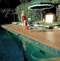 Photo Shoot of Marilyn Monroe at Harold Lloyd Estate, 1953