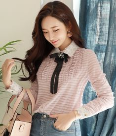 StyleOnme_Cubic Brooch Set Lace Trim Collared Blouse #pink #lace #collared #blouse #feminine #koreanfashion #kstyle #kfashion #springtrend #dailylook