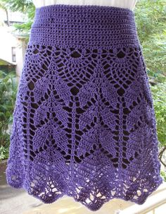 SIMPLY LOVELY SKIRT What does one do when one sees a photograph of an extremely exquisite project, then manages to find a char...