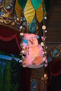 My 3 year olds FAVORITE show at Disney...country bear jamboree  She knows the whole show by heart