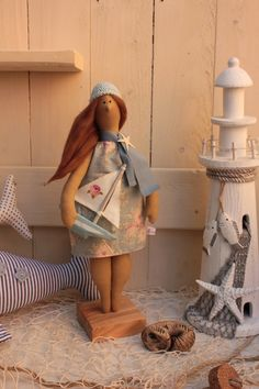bezaubernde+Bade-Dame+-+Sommerdeko+von+Babajaga´s+Nähstübchen+auf+DaWanda.com Beach Crafts, Hello Dolly, Projects To Try, Shabby Chic, Cats, Pattern, Inspiration, Sailor Baby, Sailors