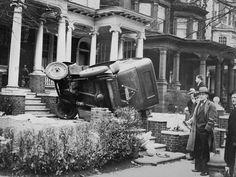 Car accidents early XX century (14 photos)