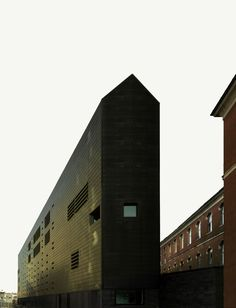 Law-Court Offices by C+S Architects, winner of Italian Architecture Special Prize for Public Commissions, Venice- 2012 A As Architecture, Installation Architecture, Commercial Architecture, Contemporary Architecture, Richard Rogers, Brick Arch, Exterior, Black House, Public