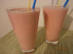 banaani vesimeloni smoothie Smoothies, Icing, Juice, Food And Drink, Tea, Drinks, Cooking, Health, Milkshakes
