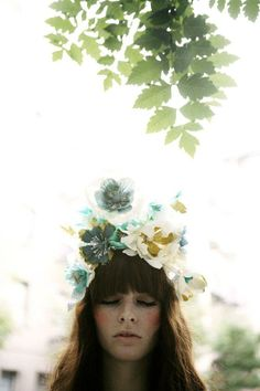 Magical Hayley Sheldon flower crown. #beauty