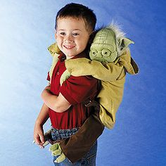 Backpack Yoda - SmithsonianStore.com