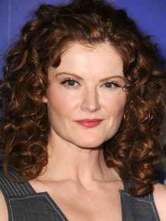 Rebecca Wisocky* this elegant cut sweeps away from the actress's eyes & softly drapes her face ask your stylist for a detailed defined curl with a soft feel