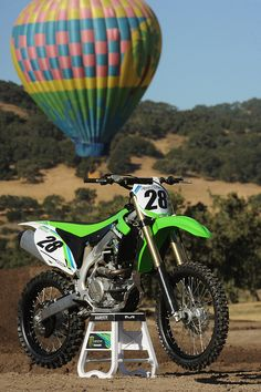 2013 Kawasaki KX450F Press Intro KX 450F Engine Oil: SAE 10W-40 Synthetic Motorcycle Oil (MCFQT), AMSOIL Quickshot (AQS), AMSOIL Gasoline Stabilizer (AST) Share this photo! #AMSOIL #AMA #motorcycle #MX