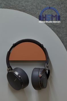 Listen to your favorite songs and beats in your home music studios or in your bedroom by getting your own headphones. Get the Best Studio Headphones perfect for beginners and pros to listen to your audio recording today! Design Studio Office, Recording Studio Design, Best Studio Headphones, Over Ear Headphones, Music Studios, Home Studio Music, Audio In, Dj Equipment, Record Collection