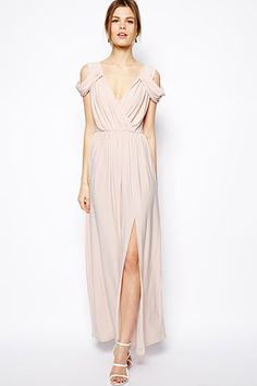 16 Fancy Looks For A Black-Tie Affair #refinery29 Love this dress! Wish I had a black-tie party to go to…