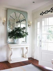 The Cottage Market: Fabulous Foyers and Entrance Ways