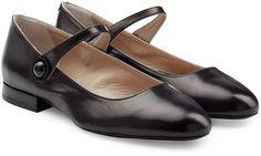 Pin for Later: 50 coole Schuhe für euer Dirndl, die ihr auch nach dem Oktoberfest noch gerne tragen werdet  Marc Jacobs Mary-Jane-Ballerinas aus Leder - black (ursprünglich 479 €, jetzt 287 €)