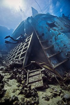 Exploring undersea worlds Sea Diving, Best Scuba Diving, Abandoned Ships, Abandoned Places, Diver Down, Maldives, Open Water, Shipwreck, Underwater Photography