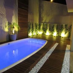 That lighting tho Piscina Interior, Small Pool Design, Outdoor Pool, Outdoor Decor, Weekend House, Swimming Pools Backyard, Dream House Plans, Pool Houses, Pool Designs