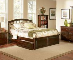 Windsor Wood Twin Bed w/Footboard