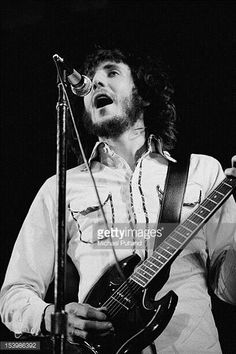 Guitarist Peter Townshend of The Who in concert during Rock At The Oval in London 18th September 1971