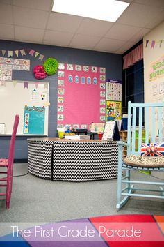 love this....such great ideas and organization..very welcoming classroom