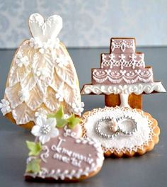 v Wedding Cake Cookies, Wedding Cakes, Cookie Monster, Birthday Candles, Place Cards, Place Card Holders, Wedding Gown Cakes, Wedding Pie Table, Wedding Cake