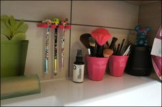 Double ended brush storage idea. www.nailsandcupcakes.com