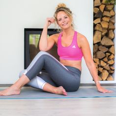Despite growing support for the idea that adequate sleep, like adequate nutrition and physical activity, is vital to our well-being, people are sleeping less. Stress Yoga, Healthy Sleep, Yin Yoga, New You, Girl Blog, Crunches, Workout, Yoga Fitness, Yoga Poses