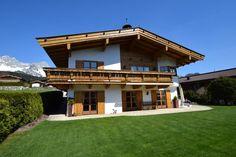 Geschmackvolles Tiroler Landhaus in Bestlage. Going am Wildne Kaiser.  #haus #going #immobilien #immoboing