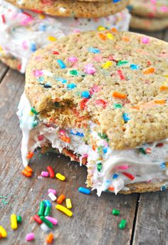 Vegan rainbow sprinkles Sweet Ritual alternative artisanal ice cream
