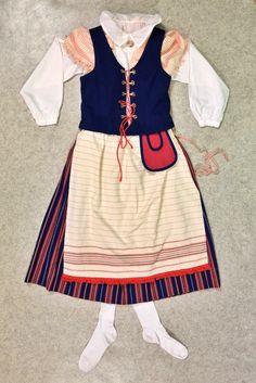 Suomussalmen kansallispuku Information Center, Cheer Skirts, Altars, Fireplaces, Finland, Pray, Blessed, Fashion, Self