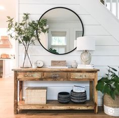 Foyer Console Table Decor Shiplap Accent Wall Shiplap walls and a distressed con Entryway Decor Ideas Accent con Console decor Distressed foyer Shiplap Table Wall Walls Flur Design, Home Design, Interior Design, Design Ideas, Decoration Entree, Ship Lap Walls, Entryway Decor, Front Entry Decor, Entrance Table Decor
