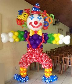 Payasitos Carnival Party Favors, Carnival Birthday Parties, Circus Birthday, Balloon Columns, Balloon Arch, Balloon Garland, Circus Decorations, Balloon Decorations Party, Clown Balloons