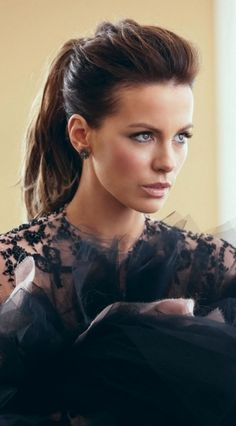 Kate Beckinsale ♥ The perfect ponytail every time                                                                                                                                                     More