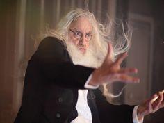 """Entre os dias 1º e 3 de setembro, o francês Jean-Jacques Lemêtre, músico do Théâtre du Soleil, ministra a oficina """"O corpo musical"""", na Vila das Artes."""