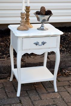 General Finishes Antique White French Provencial Night Stand.  www.facebook.com/sweetthreepeats www.sweetthreepeats.com
