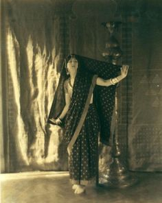 ruth st denis in bakawali posed in sari holding veil out