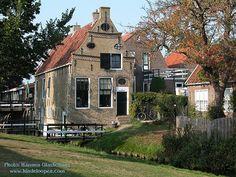 Hindeloopen captains house - http://hindeloopen.com (Photo: Harmen W. Glashouwer)