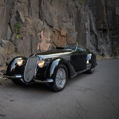 Lungo Spider by Touring - 1939 Alfa Romeo Lungo Spider – Romeo Lungo Spider – 1939 Alfa Romeo 8c, Alfa Romeo Spider, Alfa Romeo Cars, Alfa 8c, Alfa Bertone, Most Expensive Car Ever, Expensive Cars, Bugatti, Vintage Cars