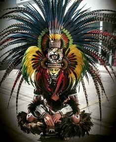 The content is mostly North and South America and Africa with the rest of the world fairly represented. Neither time nor space concern me, so you'll find plenty of old b&w shots mixed with everything. Arte Tribal, Aztec Art, Aztec Costume, Armadura Medieval, Aztec Warrior, Mexico Art, Chicano Art, Chicano Tattoos, Carnival Costumes