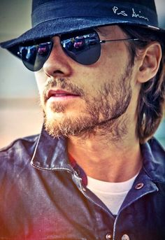 Jared Leto-this is the only way I would allow scruff. Yummmmm-O!!!
