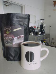 オーストラリア出張より    コロンビア Huila Del Monte AA  ティピカ種、ブルボン種 1500-1900m    リッチチョコレートやプラムのような重みのある風味、甘味。