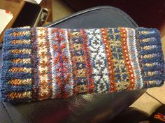 A straight tubular cuff worked in bands of Fair Isle colour-work. A straight tubular cuff worked in bands of Fair Isle colour-work. Fair Isle Knitting Patterns, Knitting Blogs, Knitting Charts, Knitting Stitches, Knitting Designs, Knitting Socks, Knitting Projects, Hand Knitting, Knitting Tutorials