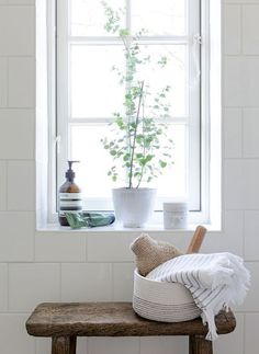 Love this Bathroom Idea | Wooden Storage Bench