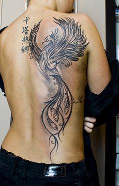 #fenix #woman #tattoo #black and white #back