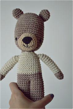Oso  Oso tejido/Knitted bear  Amigurumi - Crochet www.facebook.com/Lelejuguetes lelejuguetestejidos@gmail.com