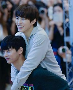 Vixx N And Hongbin
